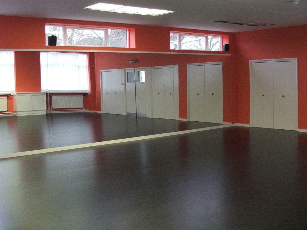Woodland Sprung Dance Floor at Dan Tien Dance Centre (complete with Nocturne Vinyl Dance Floor)