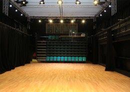 Huddersfield University Woodland Sprung. Image Copyright GJ
