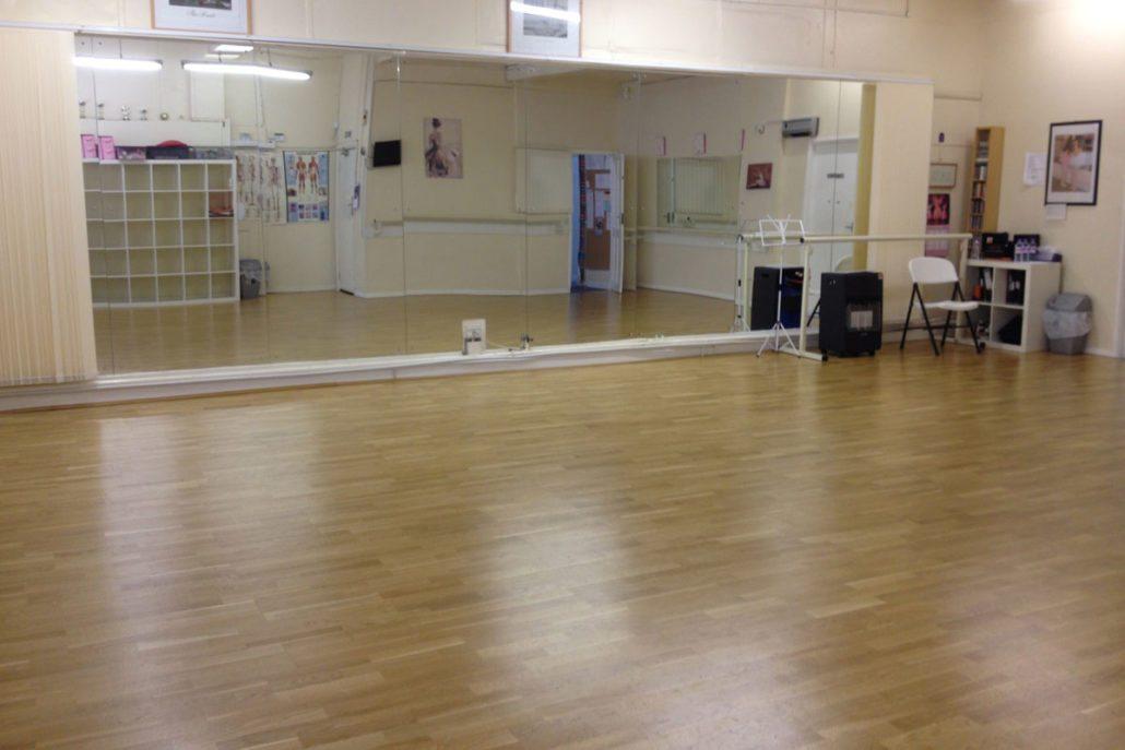 Meadow Semi Permanent Wood Spung Dance Floor Le Mark