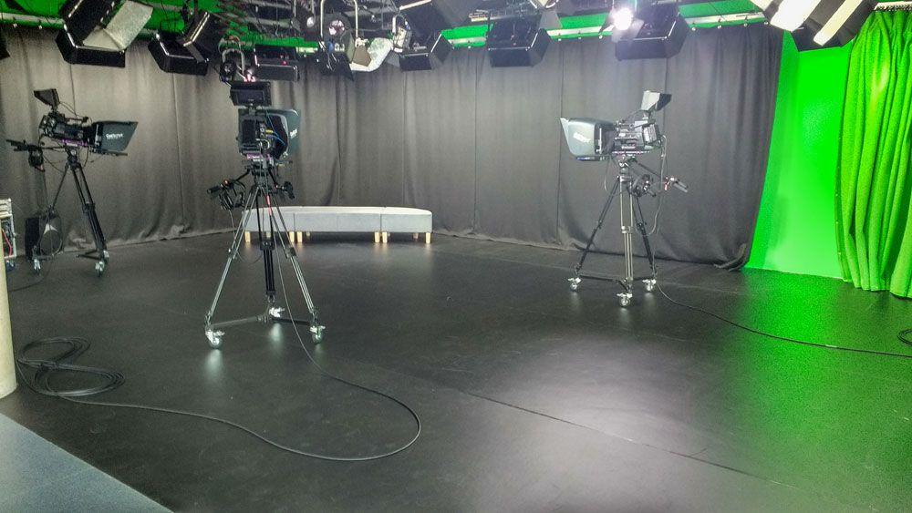 Sonata studio for university s tv studio floor upgrade for Studio floor